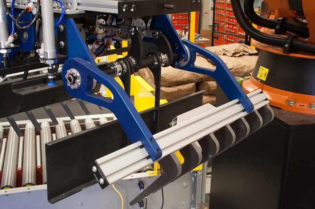 Robotic Bag Palletizer Robotic Bag Palletizing Potato